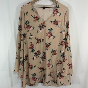 Windsor Tunic top / large / bell sleeve